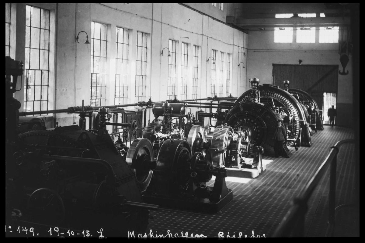 Arendal Fossekompani i begynnelsen av 1900-tallet CD merket 0474, Bilde: 98 Sted: Bøylefoss Beskrivelse: Maskinsal