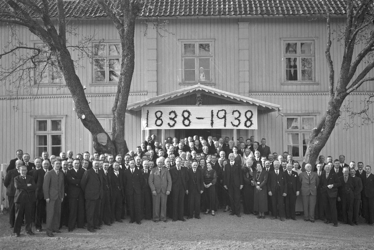 Gruppebilde fra 1938. 100 – års jubileum.