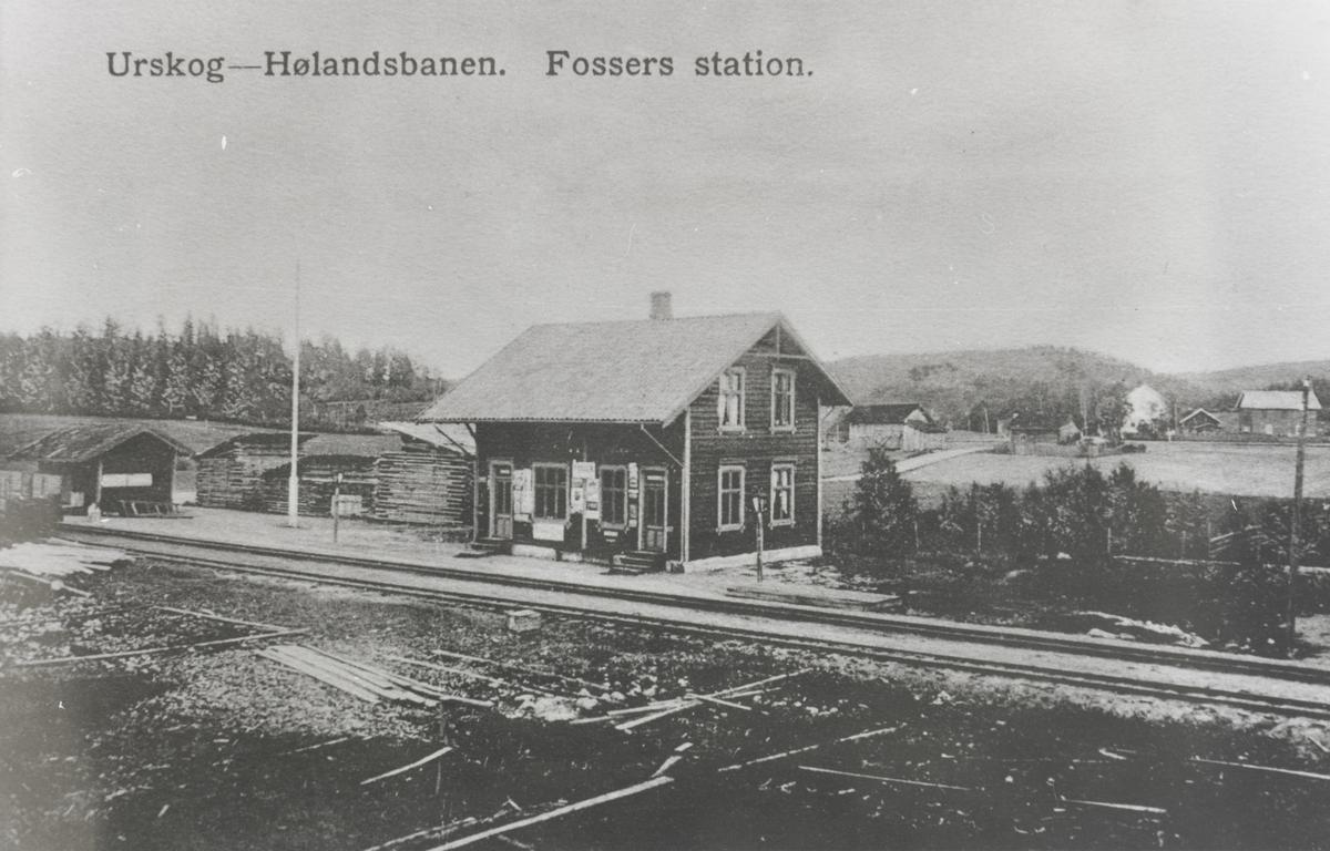Fosser stasjon kort tid etter oppføring av ny stasjonsbygning