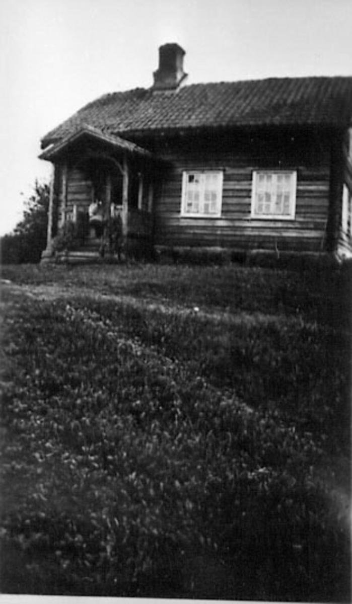 EKSTERIØR: SMÅBRUK, VÅNINGSHUSET, VOLLA SØNDRE, OPRINNELIG PLASSBYGNING, HUSMANNSPLASS, SELVSTENDIG SMÅBRUK FRA 1890