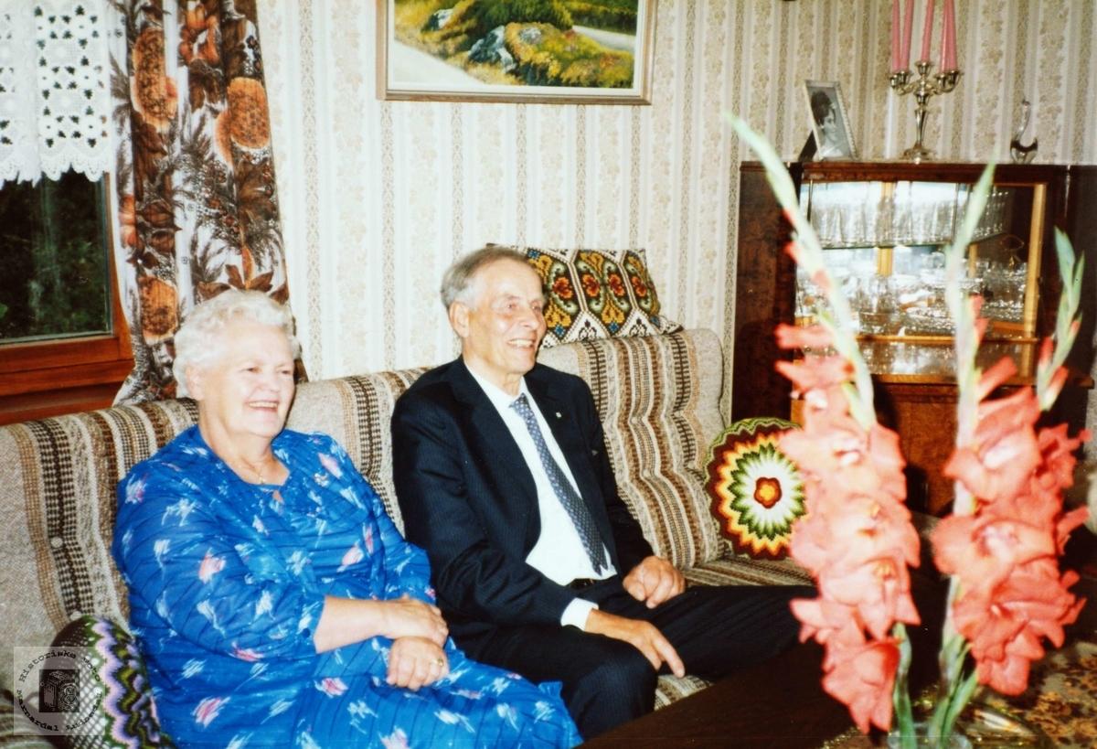 Selma og Jens Sveinall på sine eldre dager på Sveindal, Grindheim senere Audnedal.