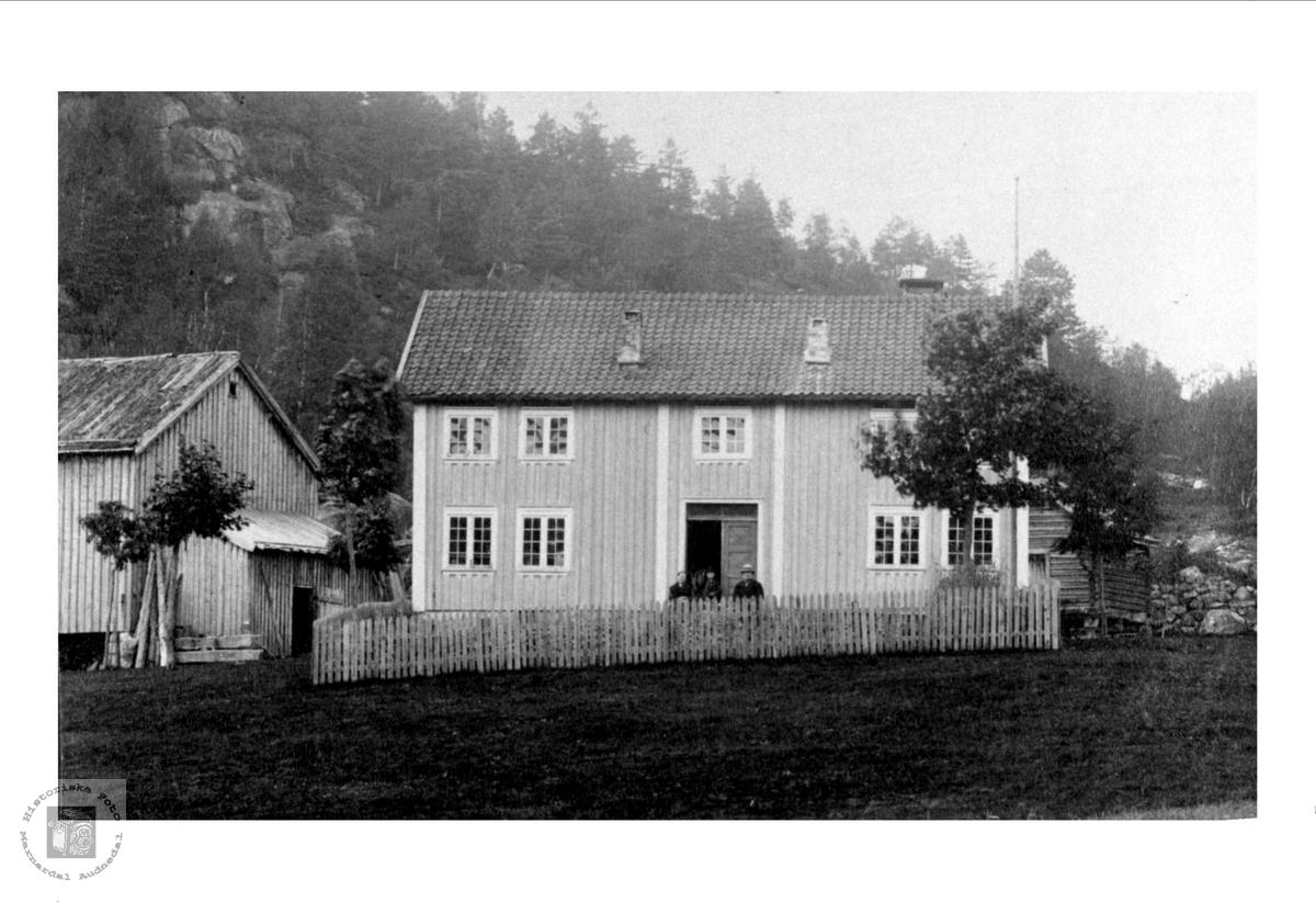 "Gamle husa ""Der veste"" Hesså, Bjelland."
