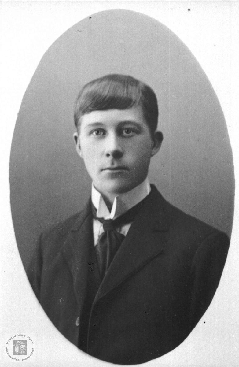 Portrett avTobias Steinsland født i Hægebostad ble lærer i Laudal.