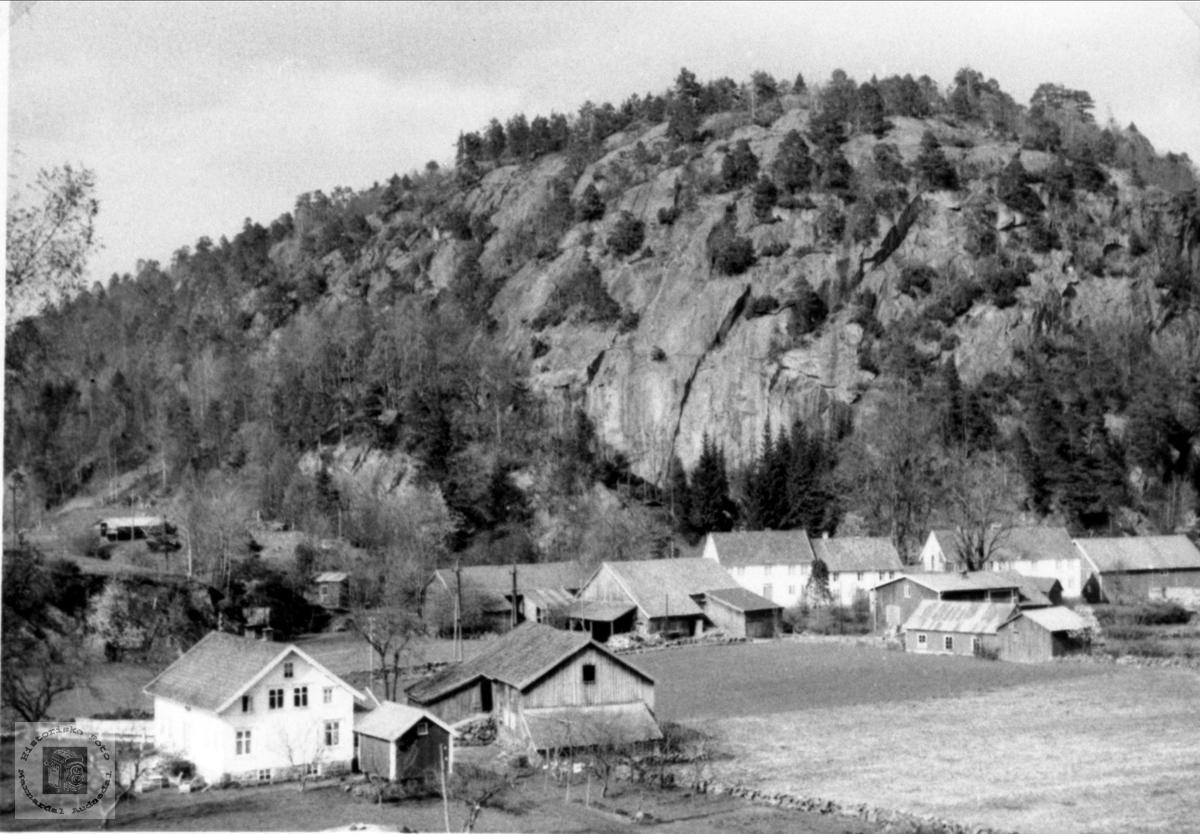 Heddelandsgarden, Øyslebø.