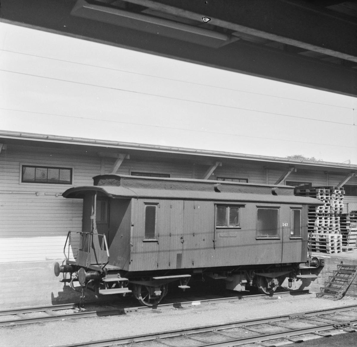 Kombinert konduktør- og passasjervogn type BF3b nr. 547.