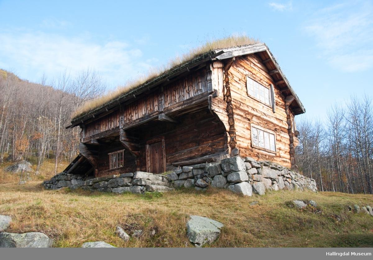 Setestugu-Loftstugu i øvre Døkki, Dokken gård i Sudndalen