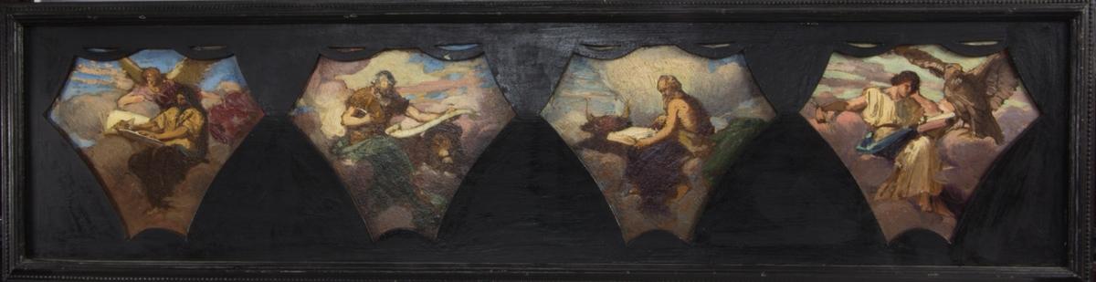 De fyra evangelisterna, från vänster till höger:Matteus med ängel, Markus med lejon, Lukas med oxe och Johannes med örn infattade i fyra olika bildfält. Skissartat utförande.