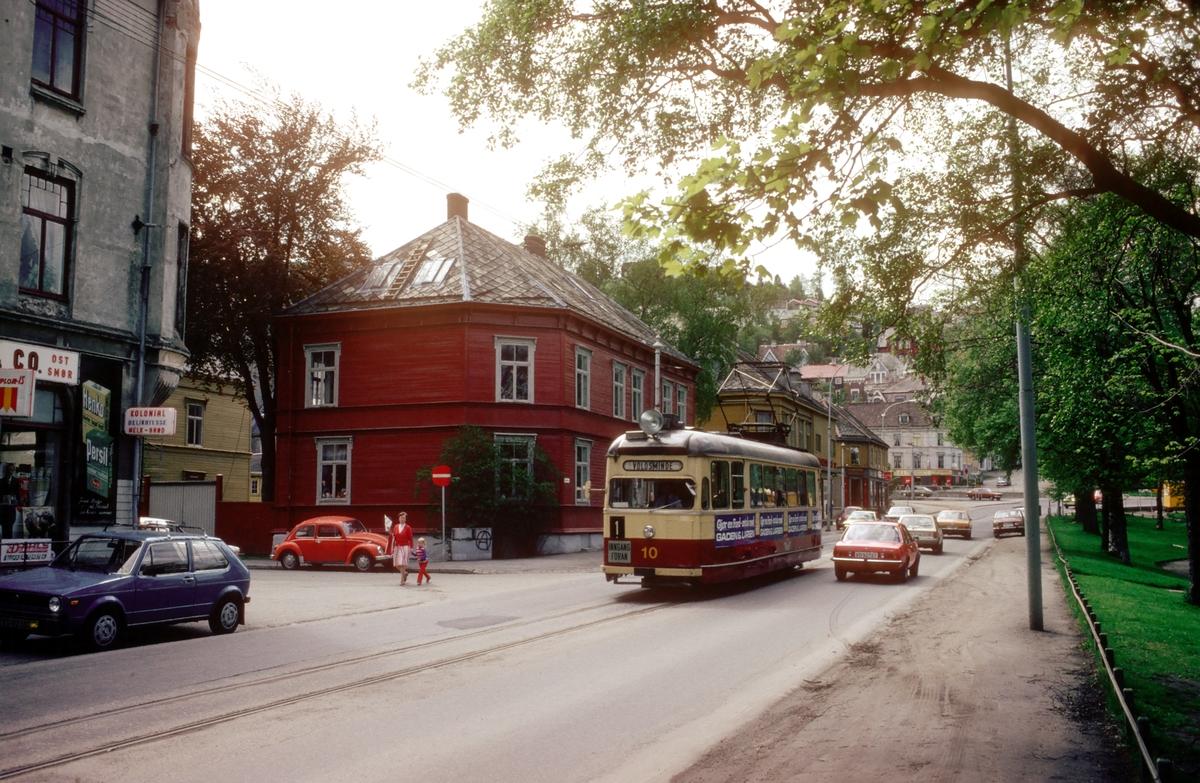 Trondheim sporvei, Gråkallbanen. Vogn 10 på linje 1 på Ila.