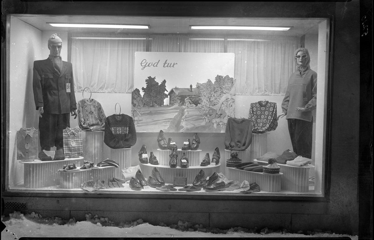 Alf Stefferud, utstillingsvindu, reklame