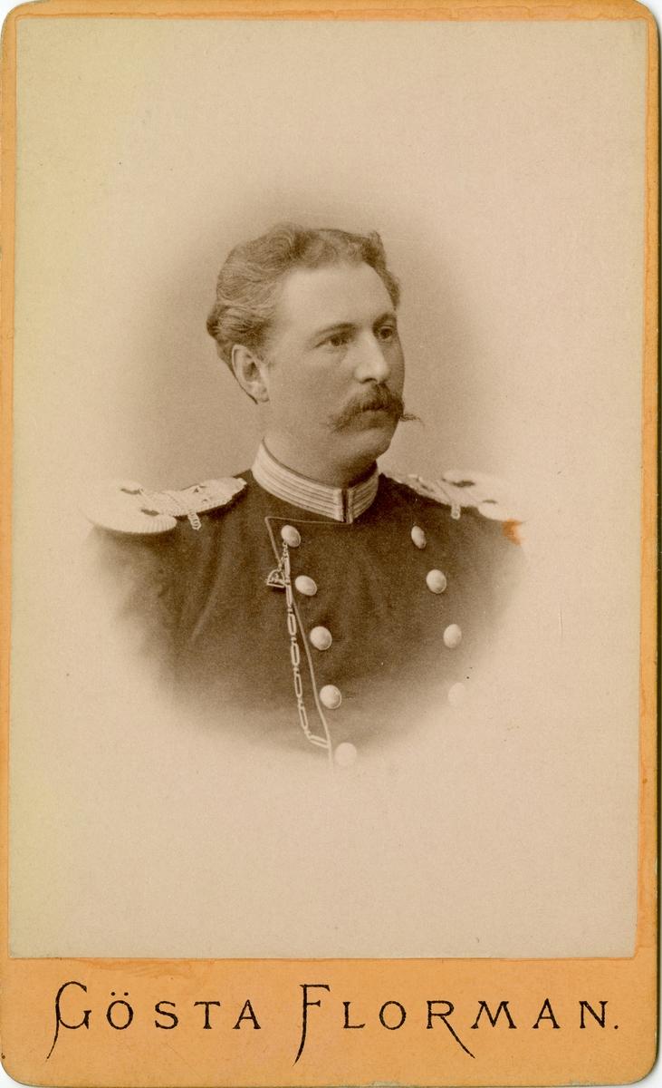 Porträtt av Rolf Alarik Lindbohm, officer vid Gotlands nationalbeväring I 27.