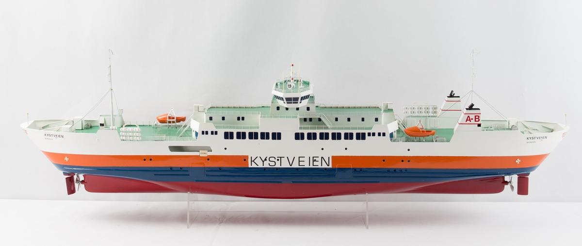 Helmodell av MS KYSTVEIEN.
