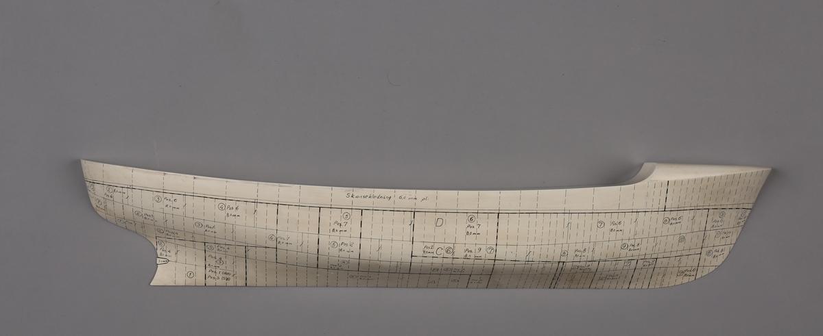 Halvmodell/platemodell av bjerngningsbåt/slepebåt PARAT.