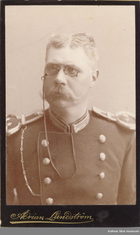 Olsson, kapten, Bo gård.