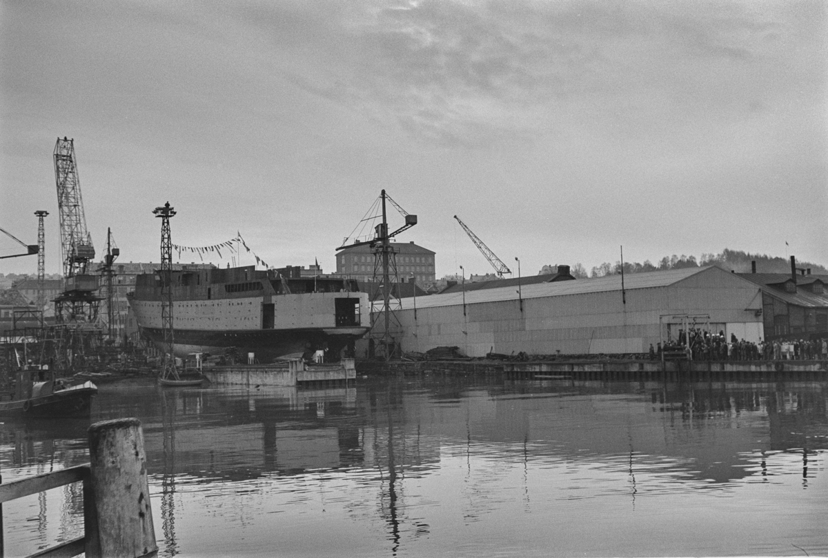 M/S Cort Adeler under bygging ved Trondhjems Mek. Verksted, Trondheim