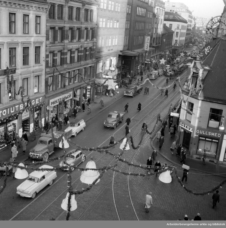 Storgata. Desember 1957
