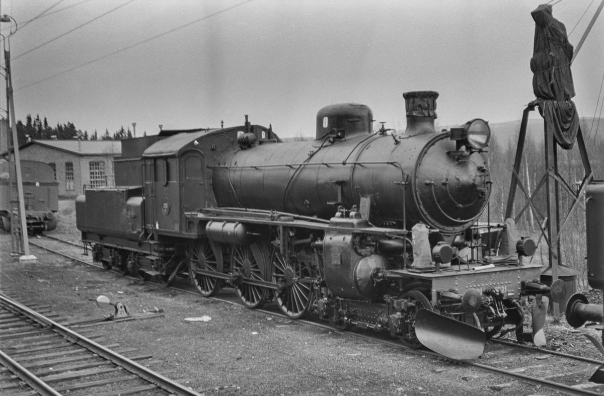 Svensk beredskapslokomotiv. Damplokomotiv type B nr. 1221.
