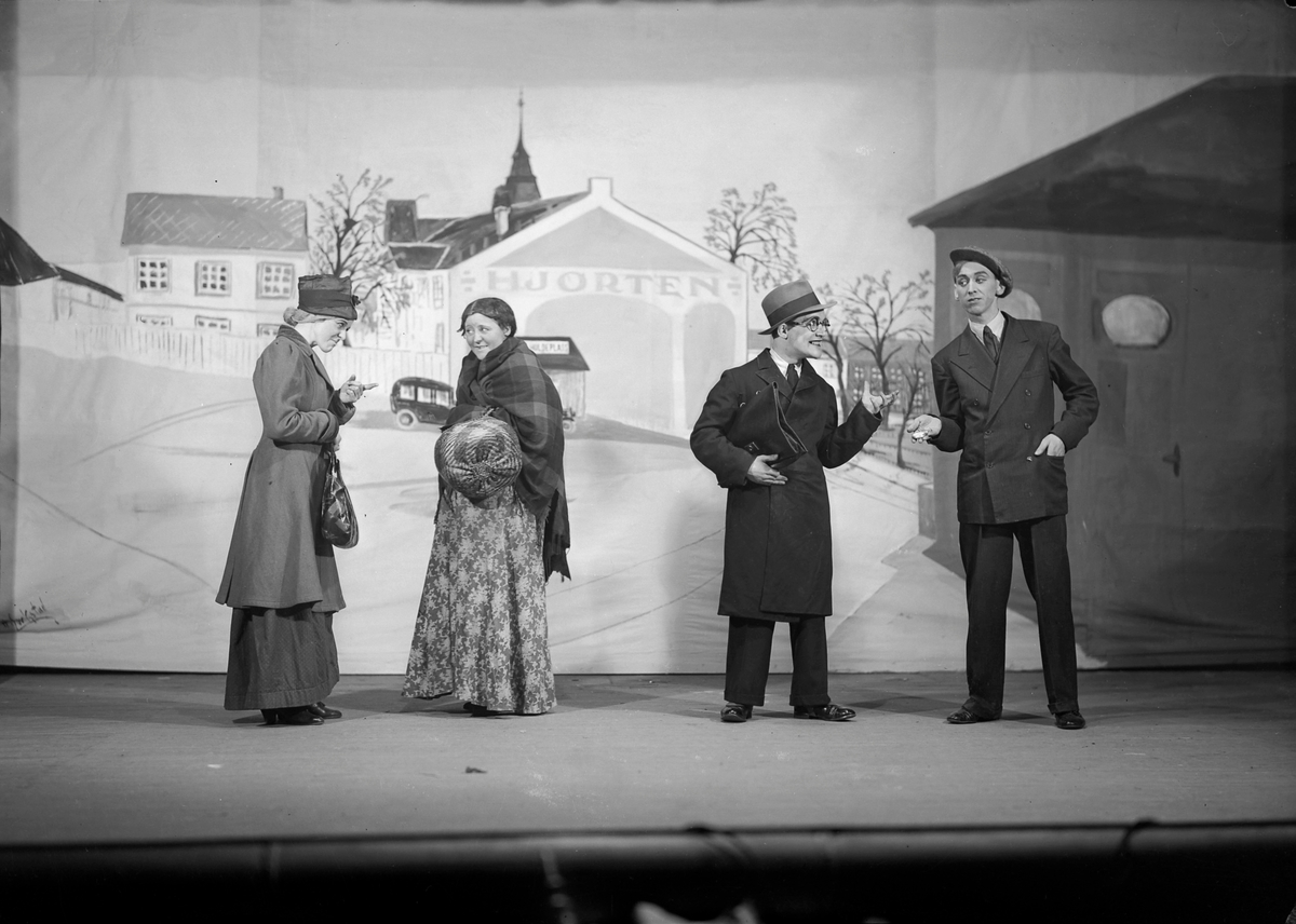 Hjortens vårrevy 1935