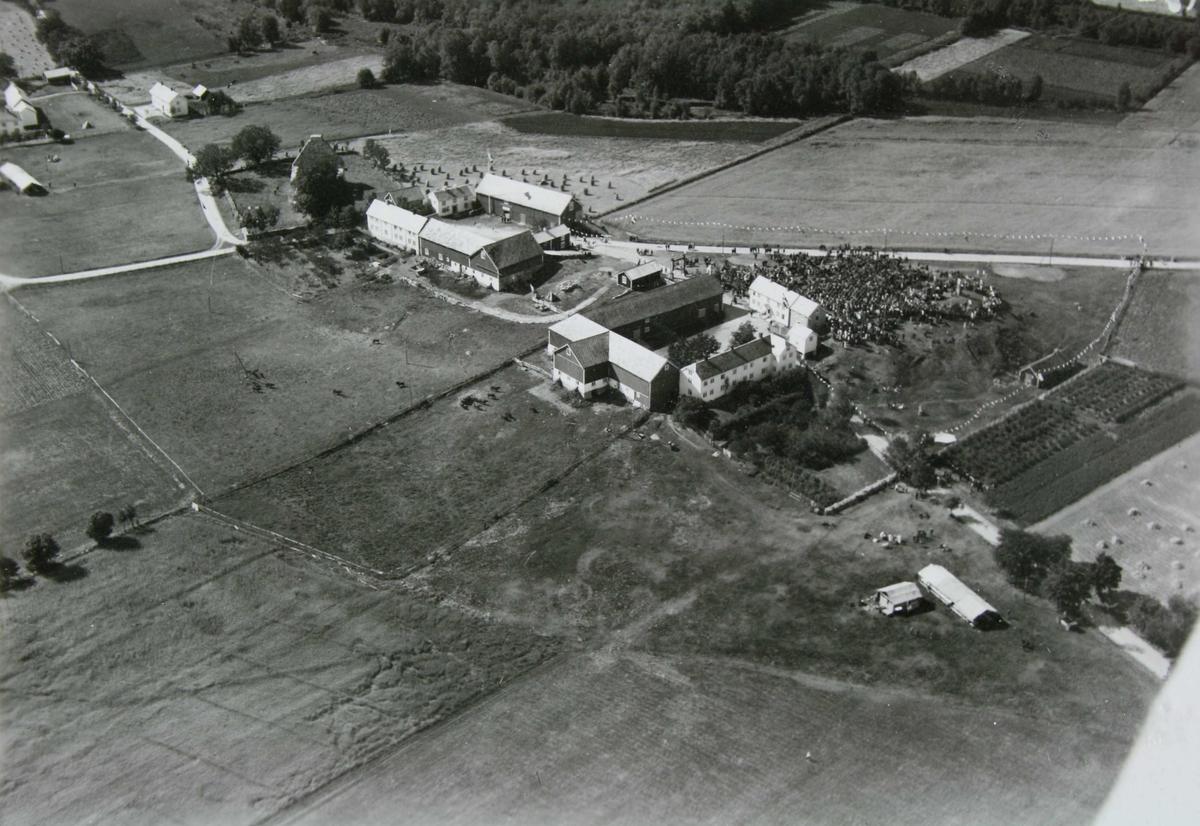Flyfoto av Loktu, Frosta