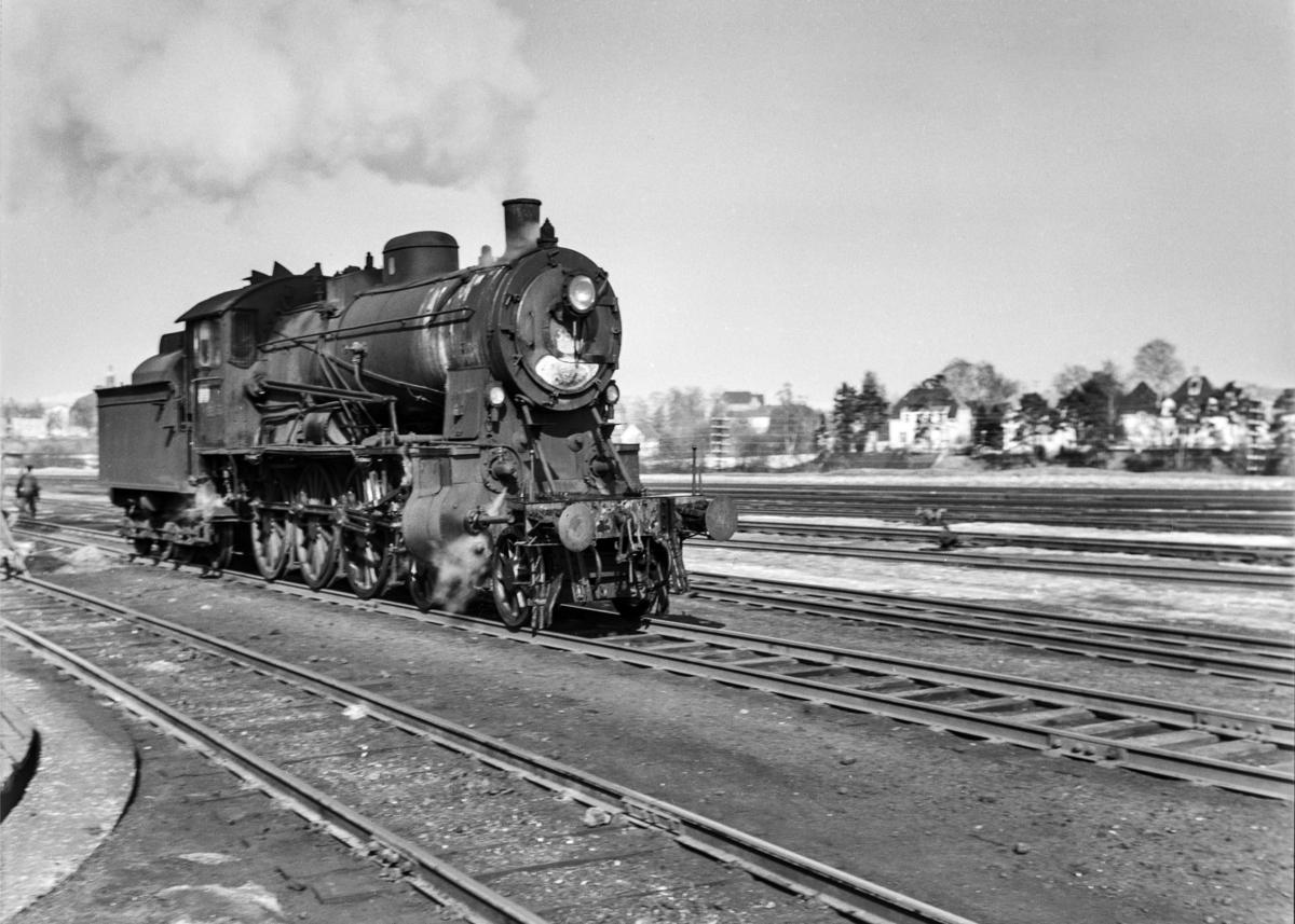 Damplokomotiv type 30b nr. 365 på Marienborg.