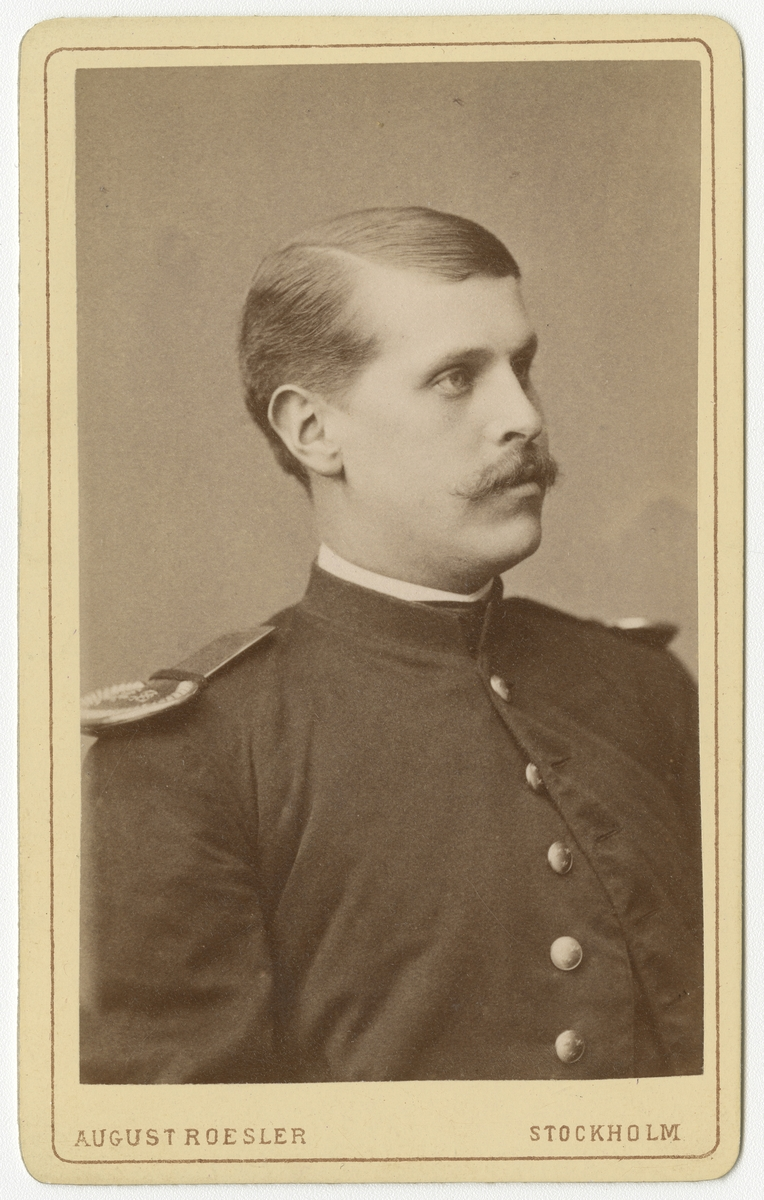 Porträtt av Fritz Johansson vid Krigsskolan Karlberg.