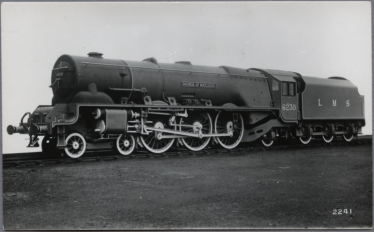 "London, Midland and Scottish Railway, LMS Princess Coronation 6230 ""Duchess of Buccleuch""."
