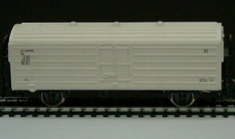Modell i skala 1:87 av vit kylvagn Nr: 64236. Rivarossi nr 2436.  Modell/Fabrikat/typ: Ho