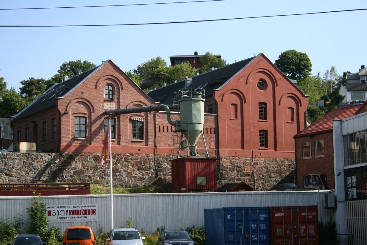 Arendal Fengsel. teglsteinbygning, bygd midt på 1800-tallet i Østre Moland kommune.