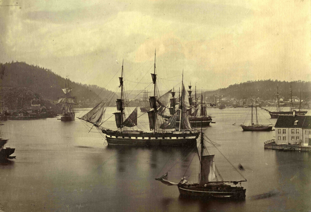 Arendal - Havnen mot Strømmen - bilde nummer 56 - AAks 44 - 4 - 7
