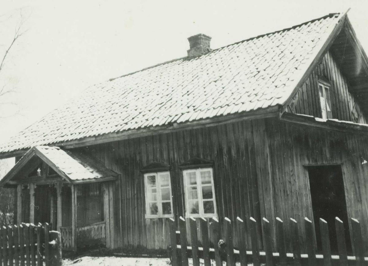 Gamlebygningen på Salstrokken Nordre