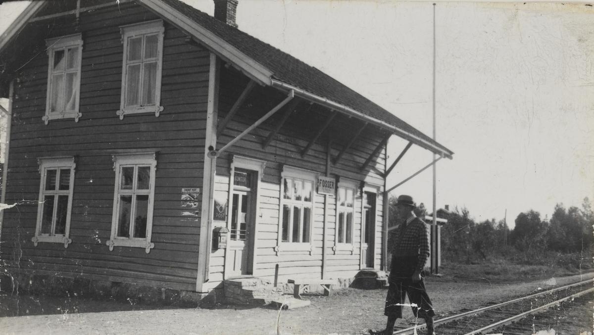 Fosser stasjon.