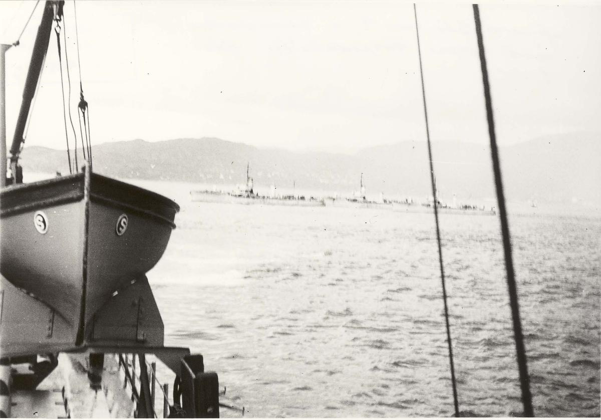 Jageren Sleipner -  i samøvelse med store torpedobåter før 2. VK.
