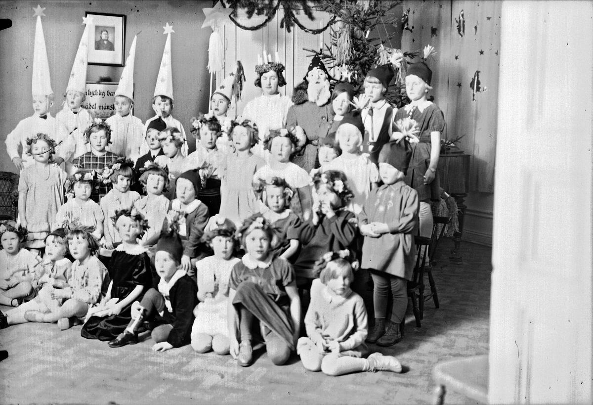 Luciafirande - Kindergarten, Uppsala 1933