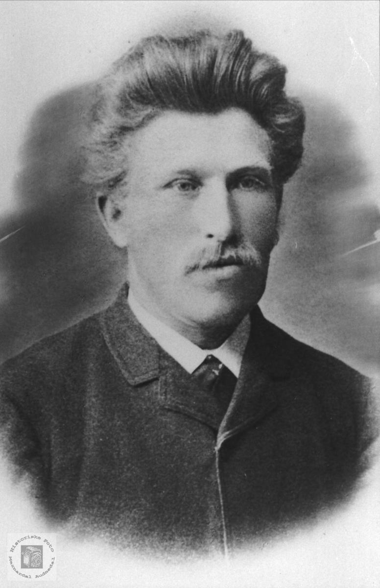 Portrett av August Løvdal, Laudal.