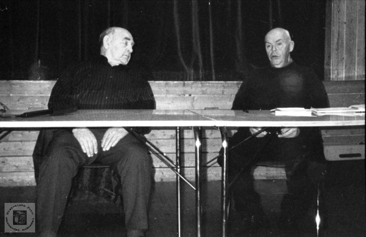 Intervju. John Johnsen og Finn Skuland.